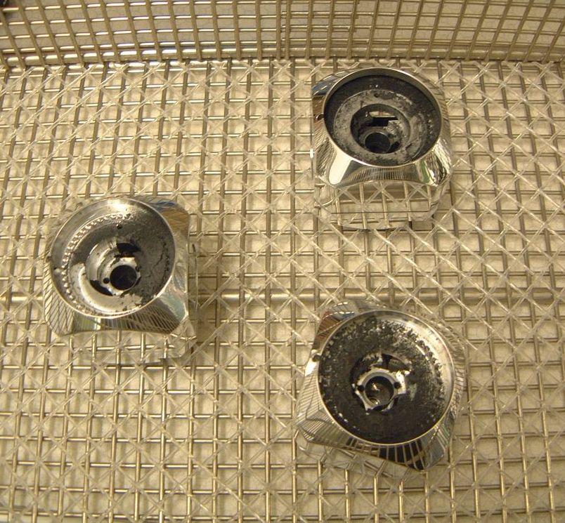 how to clean metal before priming